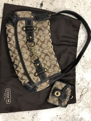 Vintage Coach Purse with matching wallet Like New!!!! for Sale in Valdosta, GA