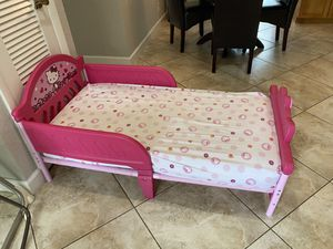 Delta Hello Kitty Toddler Bed with Sealy mattress for Sale in Lighthouse Point, FL