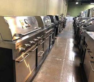 Brand New BBQ Grills and Smokers PVX for Sale in Dallas, TX