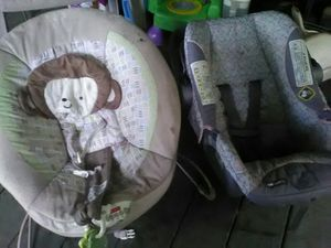 Baby bouncer seat and car seat for Sale in Gautier, MS
