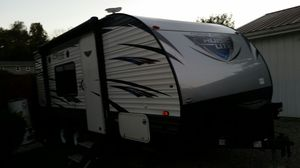 2018 Salem cruise lite camper for Sale in Roseville, OH