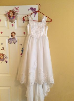 Size 5 bridal flower girl dress for Sale in Durham, NC