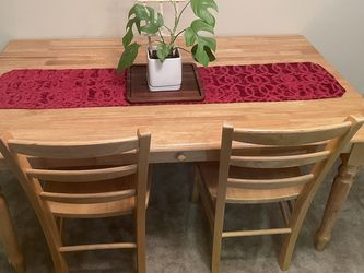 Solid Wood Dining Table & Chairs for Sale in Beaverton,  OR