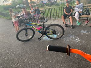 Brand new Giant bike mountain bike for Sale in Brooklyn, NY