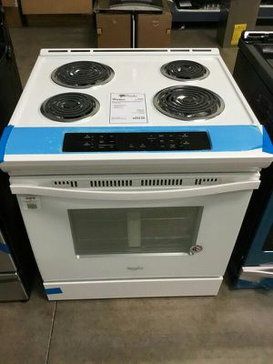 Brand New! Whirlpool White Slide In Electric Coil Top Range💫 for Sale in Chandler, AZ
