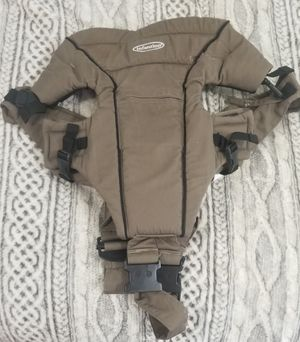 Infantino Baby Carrier for Sale in Saint Charles, MO