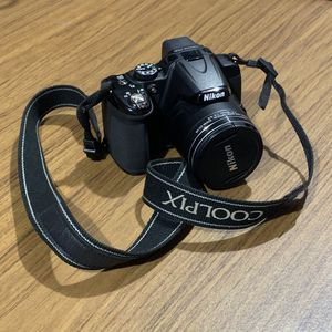 Nikon Coolpix p530 42x super zoom camera for Sale in Tacoma, WA