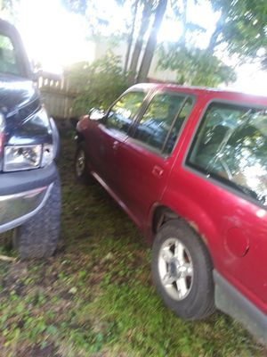 2000 ford explorer for Sale in London, OH