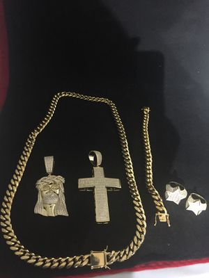 Real 14KT Gold Filled with pure Stainless Steel...Cuban Chain and Bracelet..All sizes available!! Best Top Quality!! We Do Custom Work! for Sale in Miami, FL