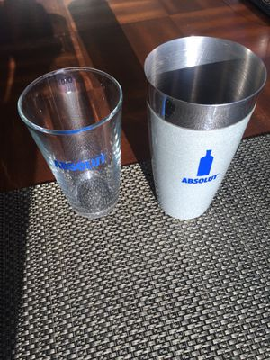 Absolut Vodka Bar Shaker w/ matching Absolut Pint Glass for Sale in San Diego, CA