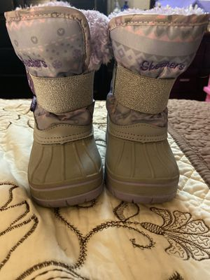 Toddler girl snow boots for Sale in Huntington Park, CA