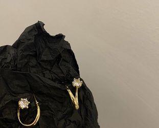 Diamond Gold Stud Earrings for Sale in Yorba Linda,  CA