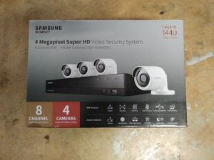 Samsung Security Camera System - 8 channel 4 camera SDH-B84040BF for Sale in Round Rock, TX