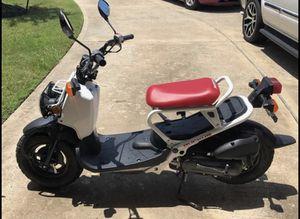 2017 Honda Ruckus 2000 miles for Sale in Houston, TX