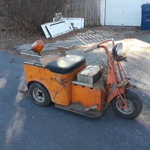 Vintage Cushman Minute Miser Scooter for Sale in Noblesville, IN