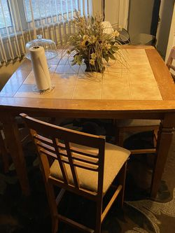 Kitchen table for Sale in Homewood,  IL