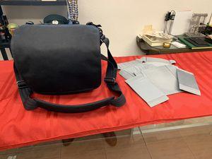 Think Tank Retrospective 10 Camera Bag (Black) for Sale in Winter Springs, FL