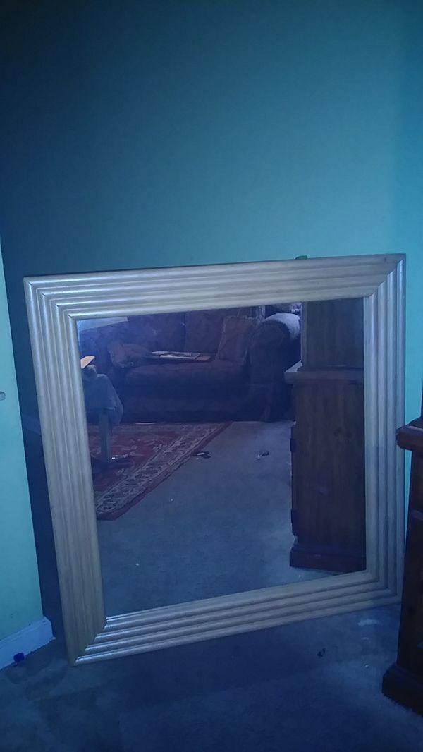 Handmade wall mirror golden woof