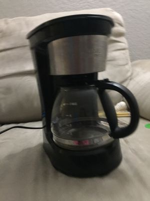 Living solutions coffee maker for $5 for Sale in Palm Beach Gardens, FL