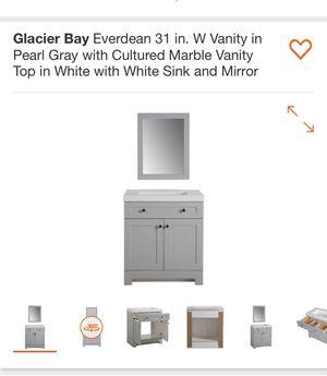 31 in vanity pearl gray for Sale in Austell, GA