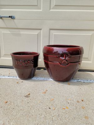 """13"""" and 9"""" tall ceramic flower pots planters for Sale in Flower Mound, TX"""