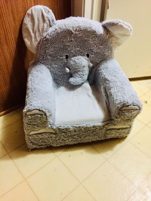 ELEPHANT KIDS CHAIR for Sale in Saint Hedwig, TX