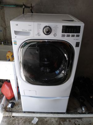 LG steam washer and dryer (2 in 1) like new for Sale in Philadelphia, PA