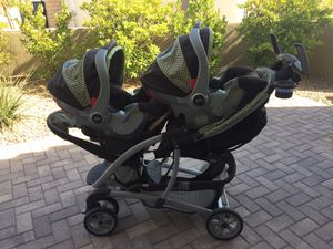 Graco Double Stroller With Car Seats for Sale in Las Vegas, NV