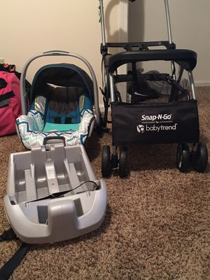 Baby car seat & snap n go stroller for Sale in Tuscaloosa, AL