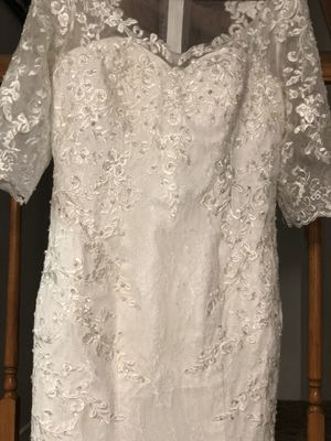Lace Wedding Dress for Sale in Bakersfield, CA