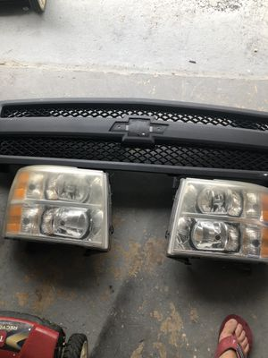 Chevy Grill and Headlights for Sale in Miami, FL