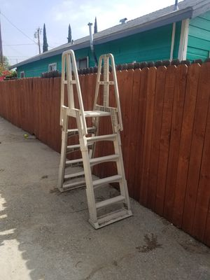 Above pool ladder for Sale in Ontario, CA