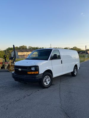 2008 V8 Chevy express cargo van 2500 124,000 miles Excellent conditions! for Sale in Nashville, TN