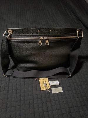 Authentic Louis Vuitton messenger bag for Sale in Montclair, CA