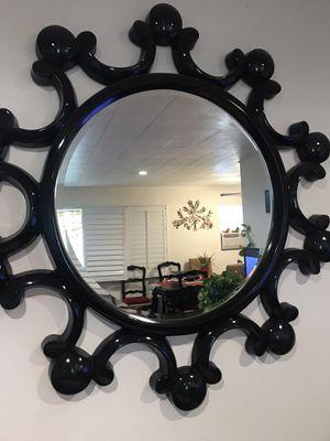 Wall decorative mirror ☝🏼🤝🤝🖱 for Sale in Montebello, CA