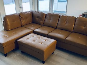 Brand New Faux Leather Couch for Sale in Cleveland,  OH
