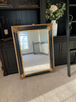 Gold & black vintage mirror for Sale in Dublin, OH