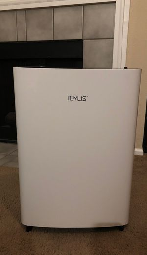 Idylis 3-speed 232-sq ft HEPA Air Purifier for Sale in Columbus, OH