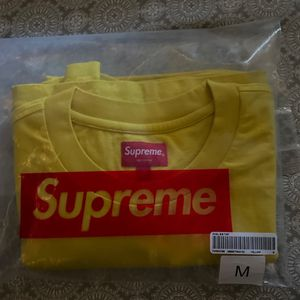 Supreme T Shirt Yellow for Sale in Orlando, FL