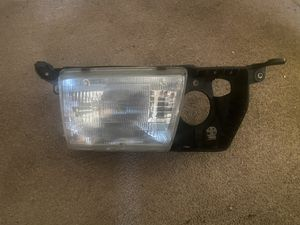 Driver Side Headlight (LS 400) Only for Sale in Bensalem, PA