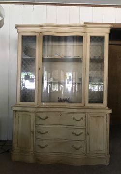 Antique Armoire for Sale in Sherwood,  OR