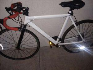 "22.5"" GMC Denali Road Bicycle 700c 21 Multi Speed Light Aluminum Men's Bike for Sale in Phoenix, AZ"