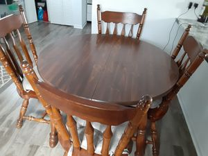 Kitchen table for Sale in Chicago Ridge, IL