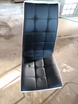 Set of 4 like brand new for Sale in Peoria, IL