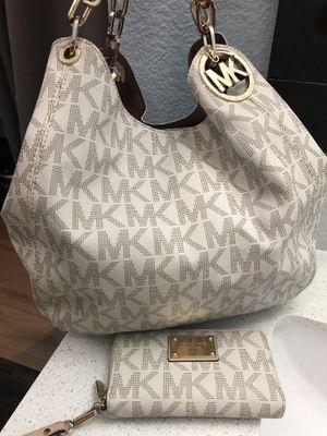 Michael Kors Bag for Sale in Elk Grove, CA