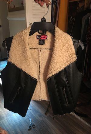 Black vest for Sale in Marietta, GA