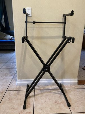 Keyboard double stand for Sale in South Gate, CA