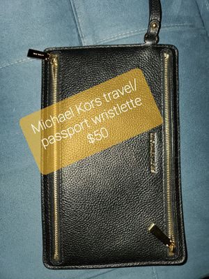 Coach and Michael Kors for Sale in Lewisville, TX