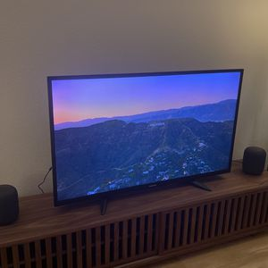 Toshiba 4K HDR Amazon Fire TV With Alexa for Sale in Cupertino, CA