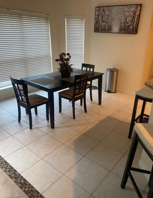 Dining room table set 4 chairs for Sale in Houston, TX